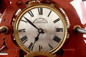 4 Ways to Clock In and Out With an Employee Time System